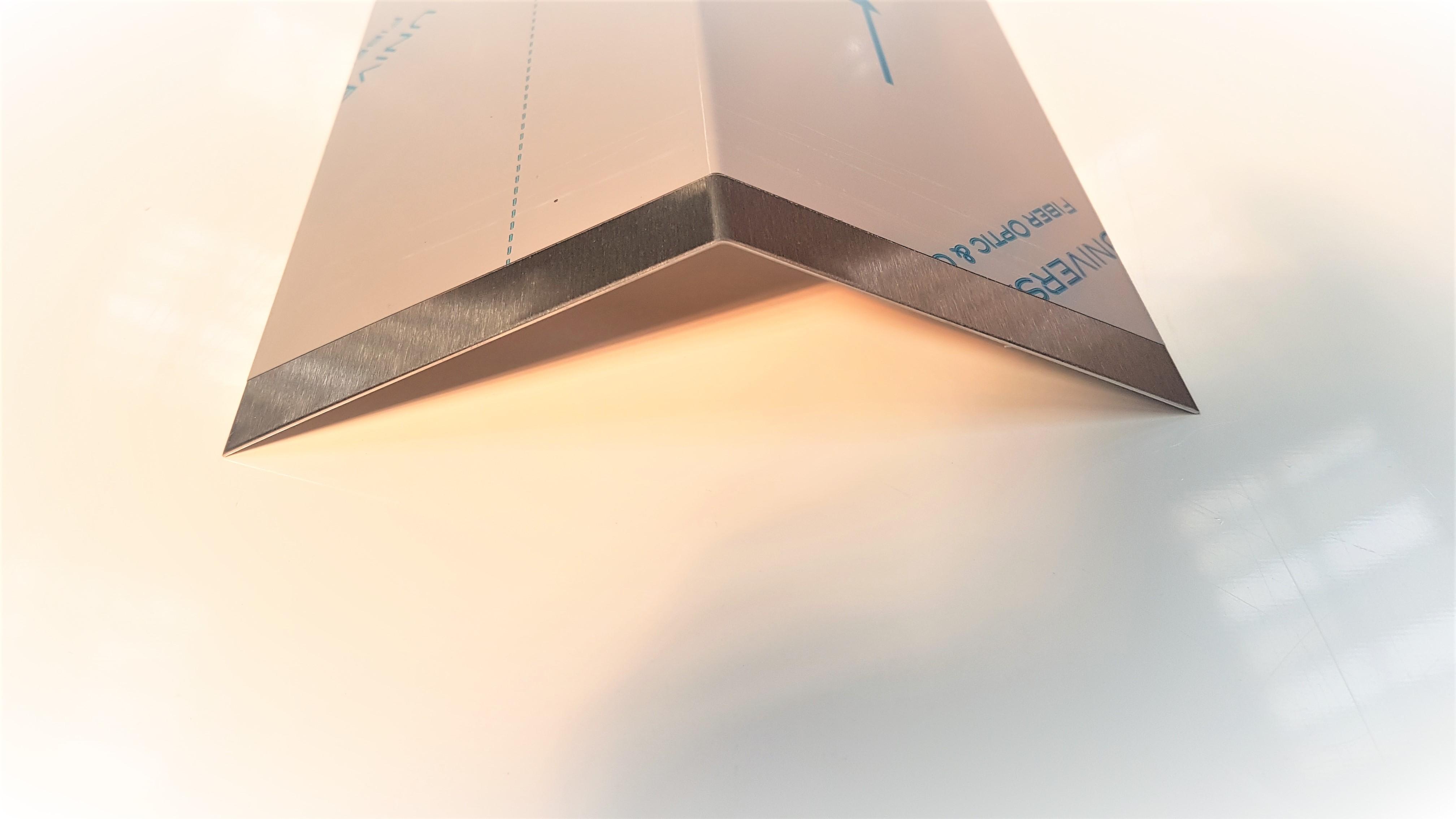 2mm 4 Materialst/ärke Hochwertige Edelstahl V2A HausnummerFett Kursiv grob geschliffen massiv /& rostfrei H/öhe 200mm